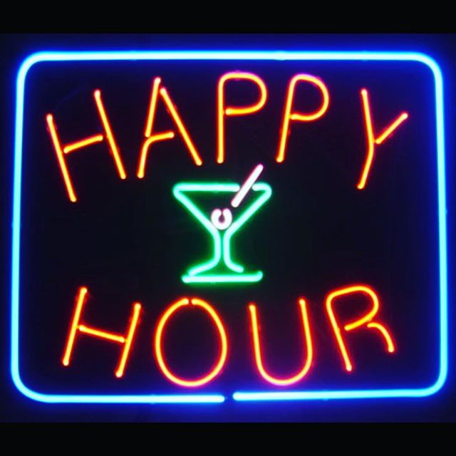 Thinking about Happy Hour already. Everyday 4-7pm. $3 domestic beers, $5 tap wines, $5 Moscow Mules and Negroni's. Ask About our Happy Hour Packages. ➡️Looking to book a party or event, maybe already thinking about Holiday Parties contact us at inquiry@mtkbuffalo.com #midtownkitchenbuffalo #happyhouristhebesthour #happyhour #happyhoureveryday #elmwoodave #buffalove #buffalolove #451elmwoodave