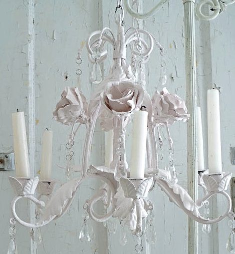 White Lace Cottage Chandelier