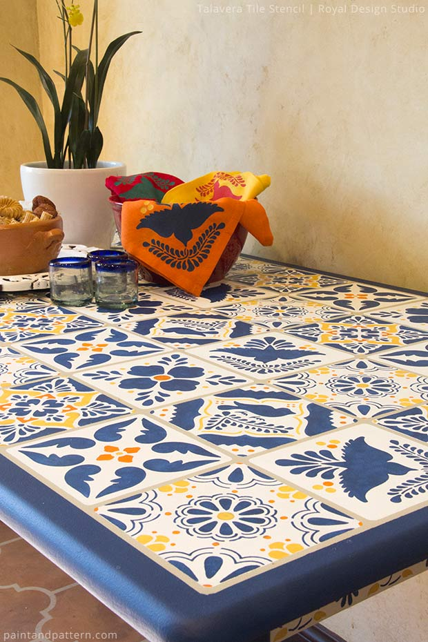 Paint&Pattern Tile Table