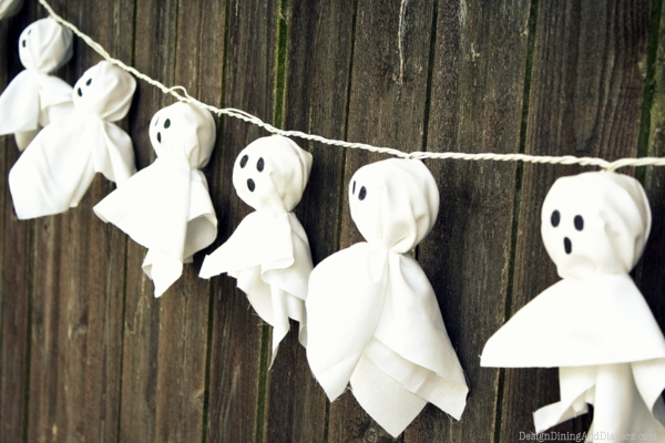 DIY Ghost Garland Credit DesignDinning&Diapers