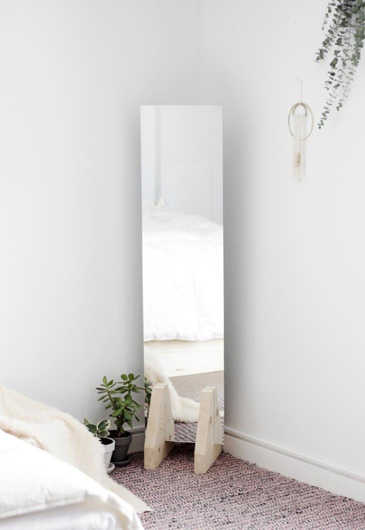 DIY MIrror By Merry Thought