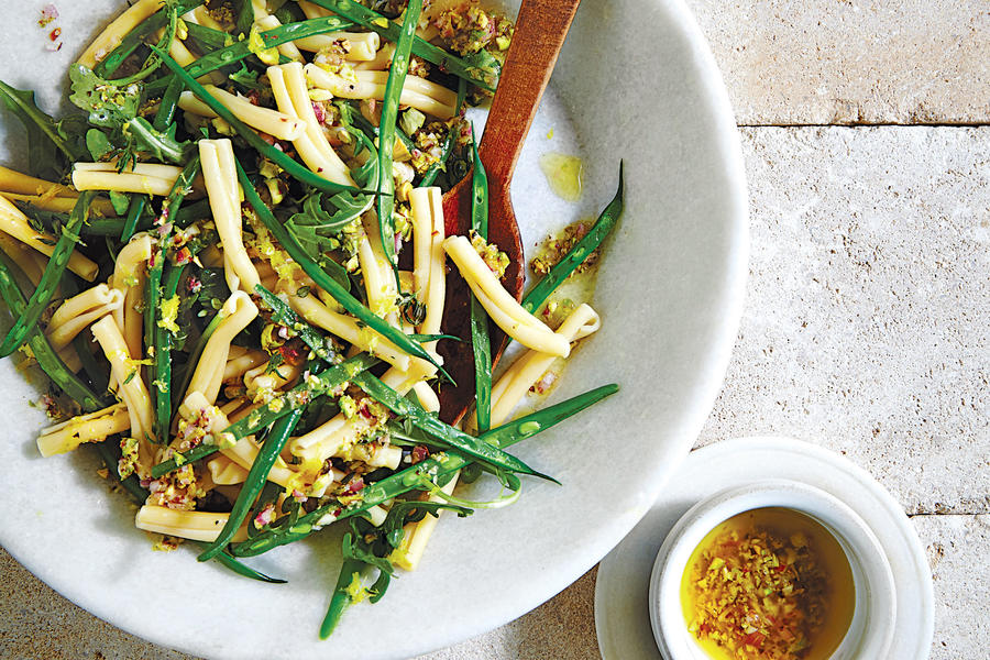 Lemony Green Bean Pasta Salad -