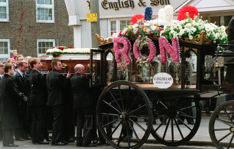 Ronnie Kray' s carriage hearse