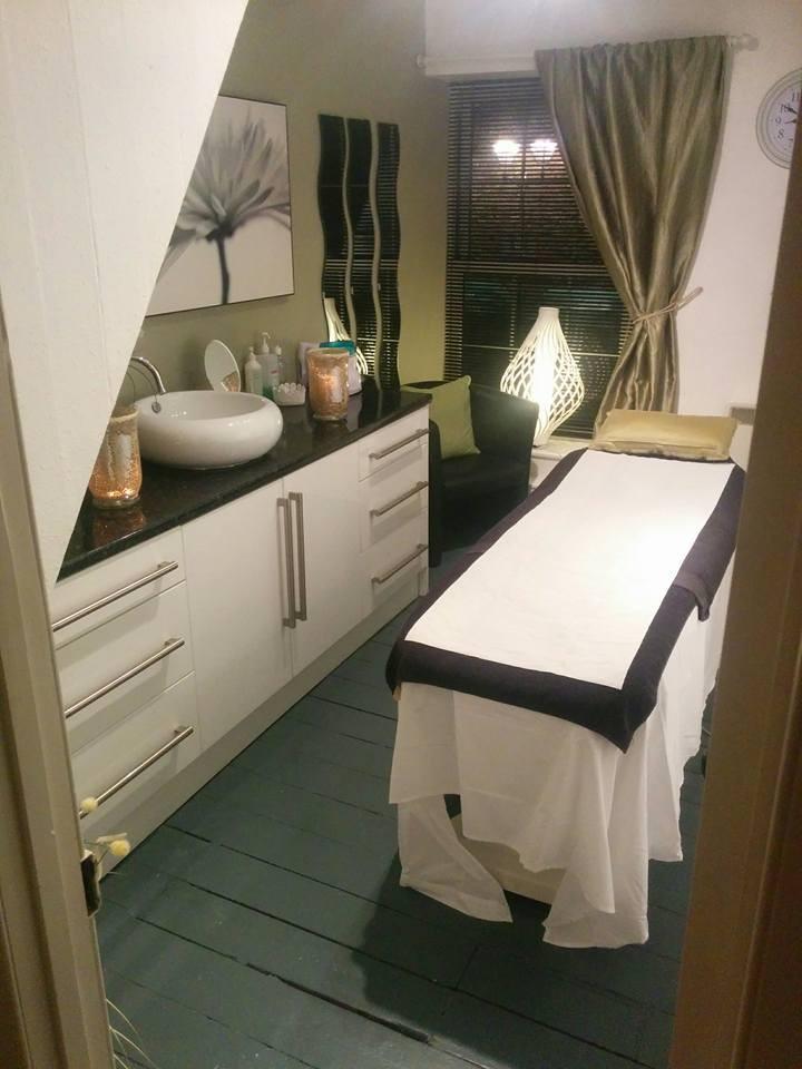 waxing room1a.jpg