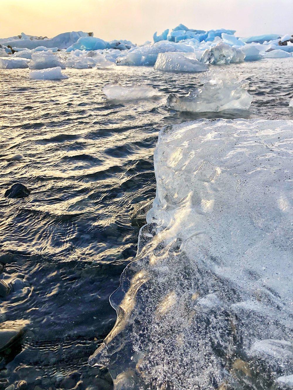 Glacier poops at Jökulsárlón glacier lagoon