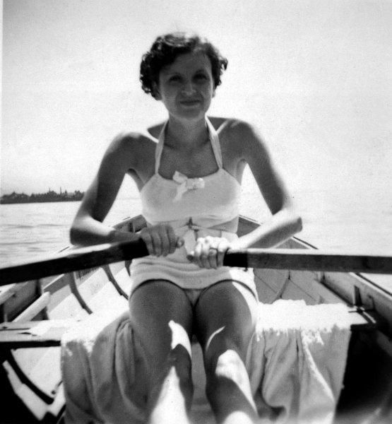 Eva Braun, 1937.