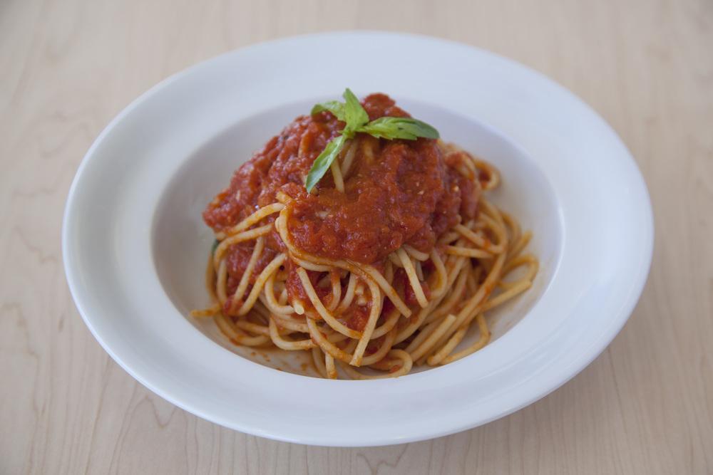 spaghetti_pomodoro.jpg