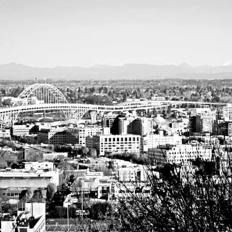 Oregon_Portland-Skyline-1c89_o-min.jpg