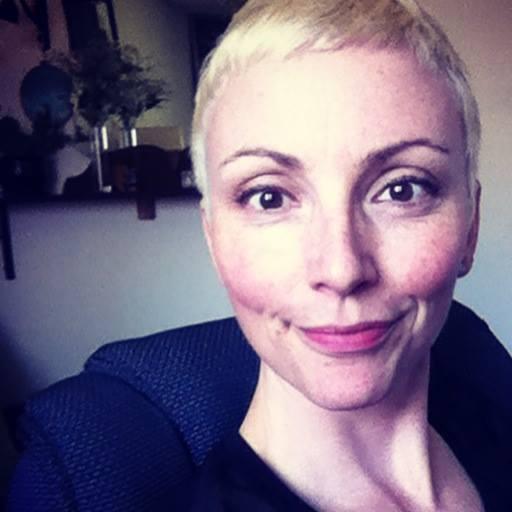 Valérie Galarneau  Conceptrice et scénariste habile, Valérie excelle dans l'art de raconter et fait voyager grâce à sa vision unique. Rapide et agile, elle était la doublure de Uma Thurman dans  Kill Bill , tsé dans les scènes de combat. Découvrez ses katas  ici