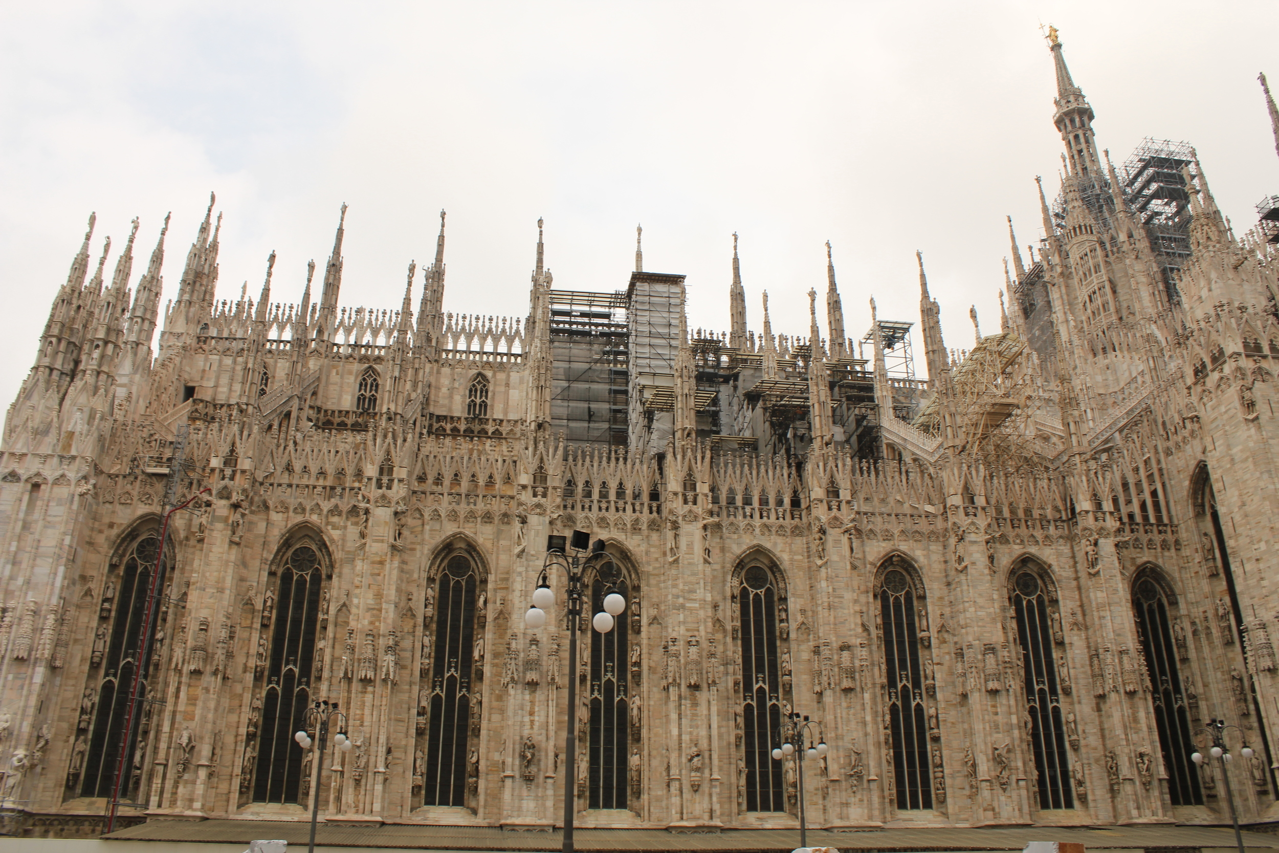 Il Duomo from the side