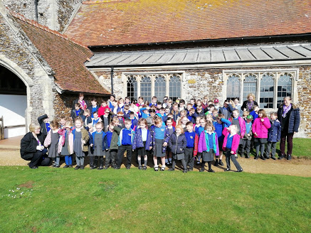 Sandringham and West Newton school after their annual Mothering Service prior to clypping the church.