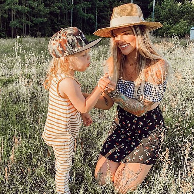 We've got you set for hot summer days spent with your babes ☀️ How lovely is @chan_askins in the Tori Top and It Skirt? ⚡️ New @flynnskye shipment just in!