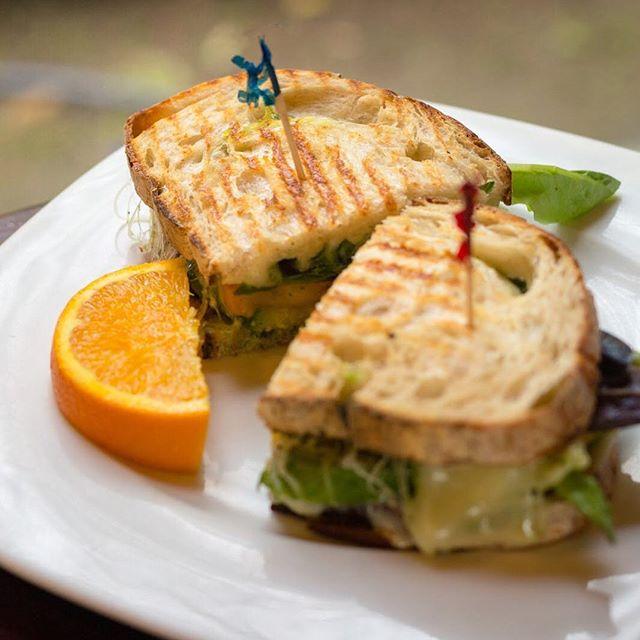 Vero nice, I like! ------------------------------------------ • • • • • #Eugene #Uoregon #UniversityofOregon #Oregon #UO #Food #Fooddelivery  #EugeneOregon #foodporn #tasty #EEEEEATS #truecooks #yougottaeatthis #cleaneating #eatfamous #foodstagram #eats #igfood #goodeats #foodie #yum #foodphotography #buzzfeedfood #feedfeed #huffposttaste #foodbloggers #yummie #tastespotting #foodgawker #instayumi