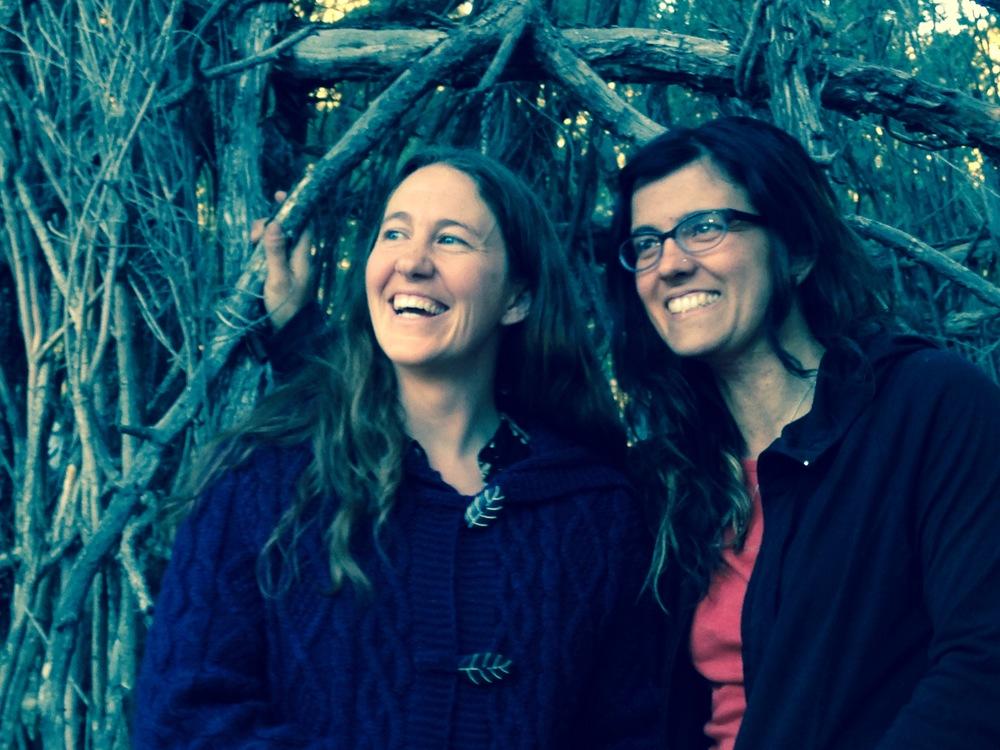 TSTH Editors .:. Kelly & Cristina