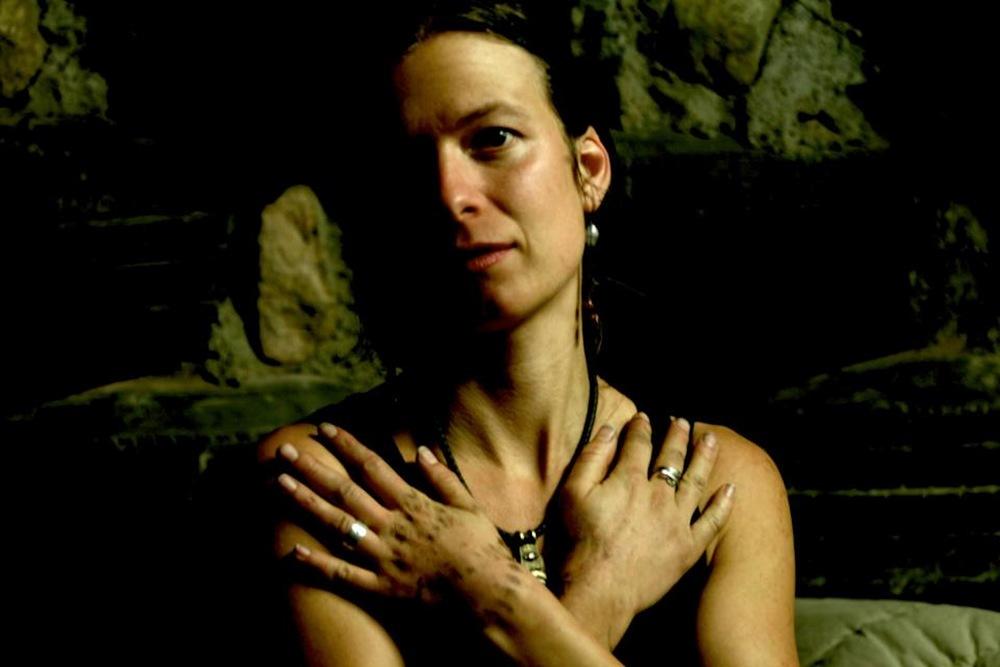 Alma Lucia, Contributor