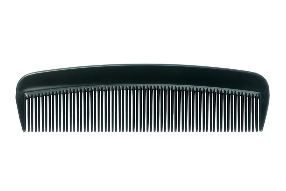 Plastic_comb,_2015-06-07.jpg