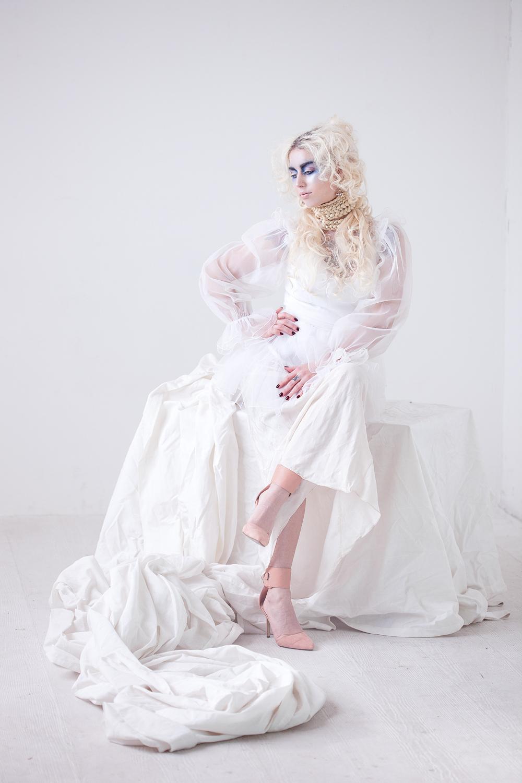 77-salon-emily-mazour-portland-stylist-marissa-freeman-makeupartist-photographer-holly-seeber-luisa-4.jpg