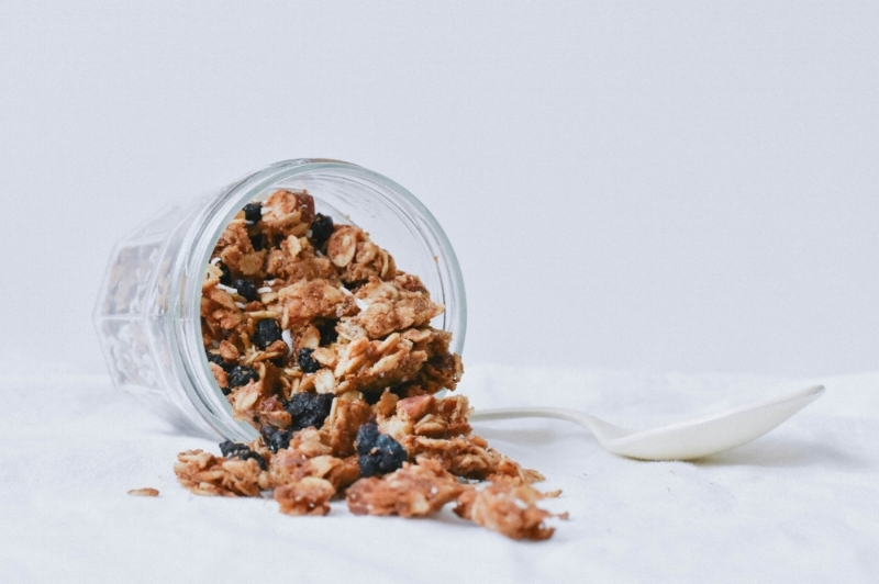 - a lmond granola w/ dried blueberries and coconut -