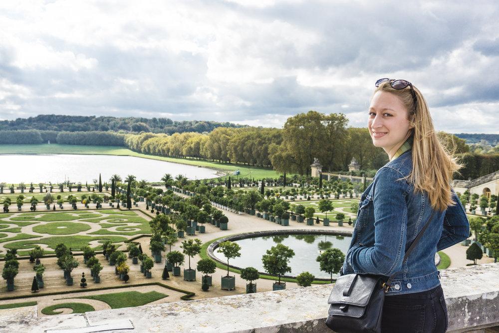 Tripp Films_Paris_Nikki in Versailles Gardens
