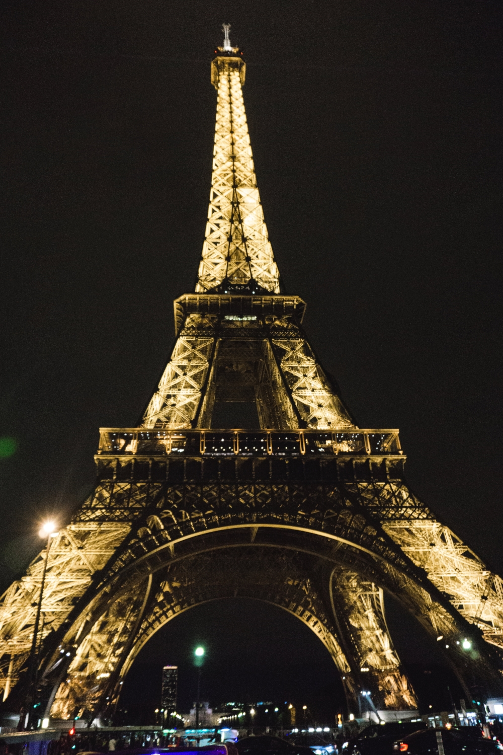 Tripp Films_Paris_Eiffel Tower