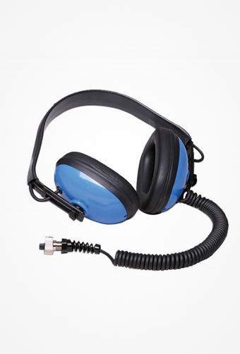 Shelsky-Garrett-SeaHunterMark2-headphones-b.jpg