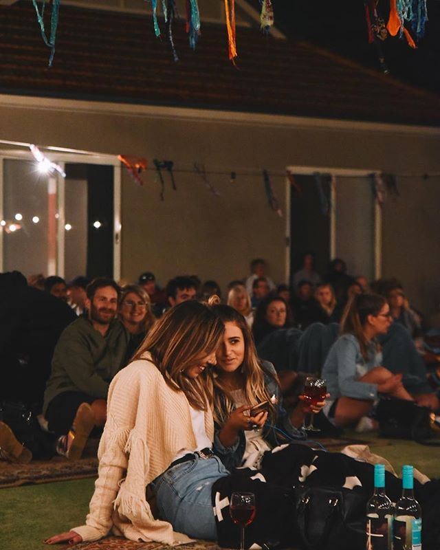Can't wait for another @theporchsessions on Sunday. OJ Rose on pour, these lovely ladies know it 😉🍷👌📷: @fenj_ #porchsessions #oldjarviewines