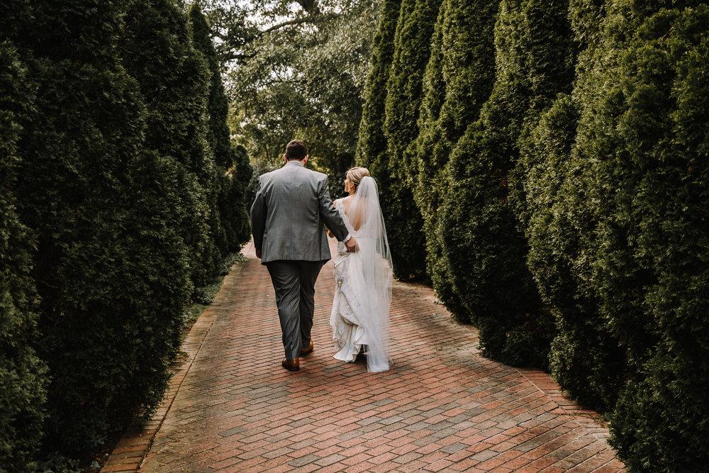 O'Brien-Wedding_Botanic-Gardens_Ashley-Benham-Photography-124.jpg
