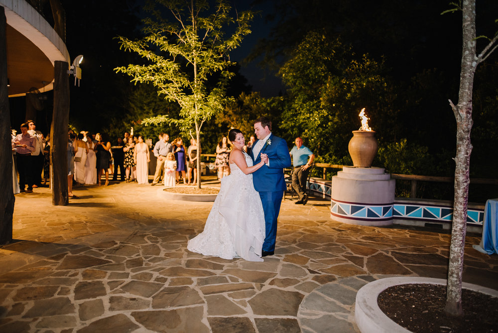 Smith Wedding_Memphis Zoo_Ashley Benham Photography-682.jpg