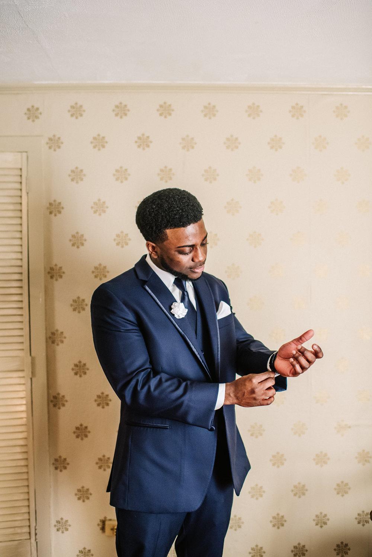 Cox Wedding Sneaks_Ashley Benham Photography-9.jpg