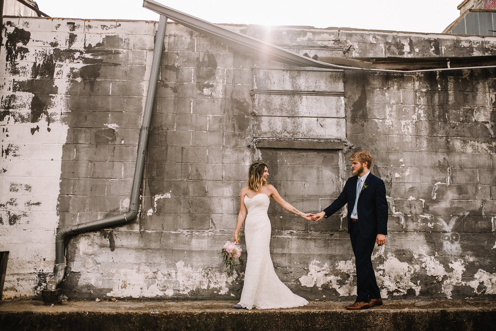 Loflin_Yard_Wedding_Memphis_Ashley-Benham-Photography-1.jpg