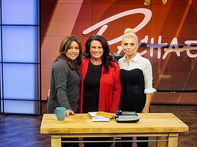 RACHEL RAY - How to Avoid a Break-in During the Holidays