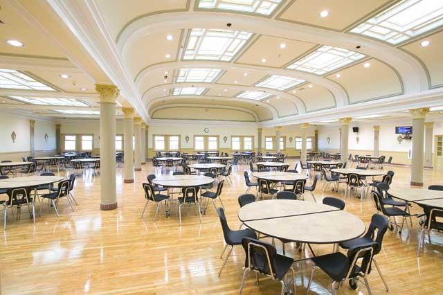 MacKenzie-High-School-Cafeteria-amber-the-penguin-31817194-640-426.jpg