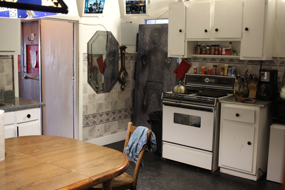 Kitchen 02.JPG