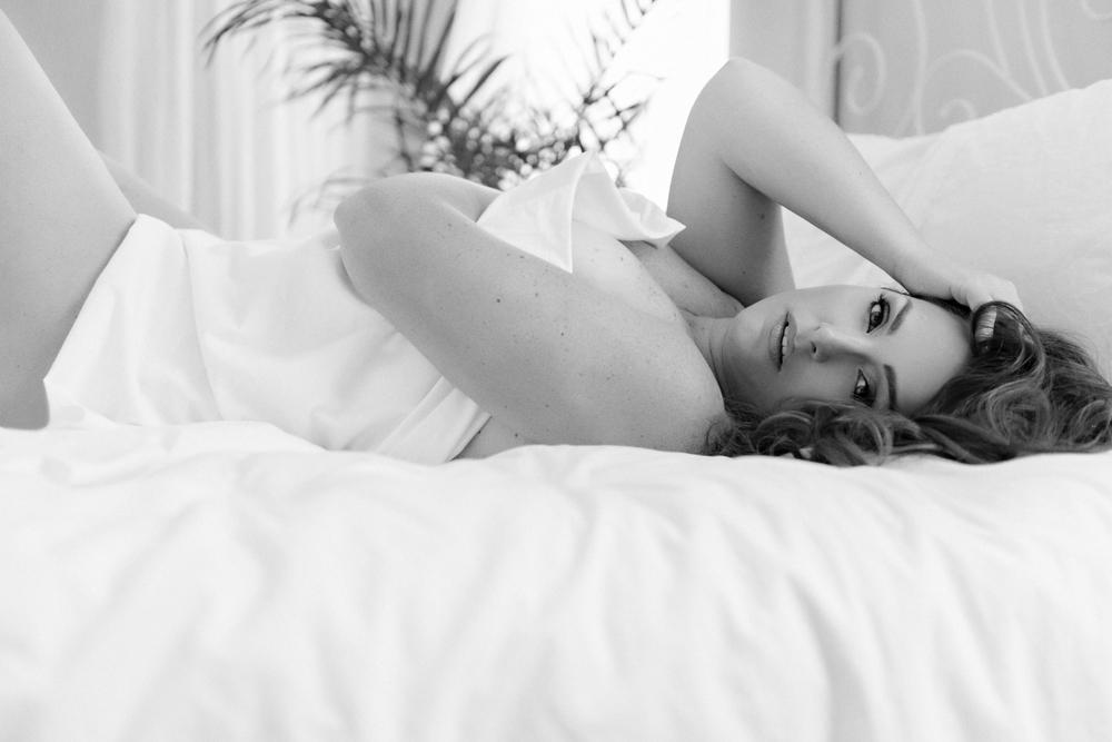 white sheet boudoir