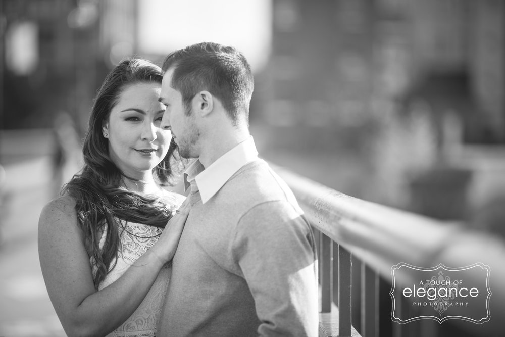 high-falls-rochester-engagement-session003.jpg