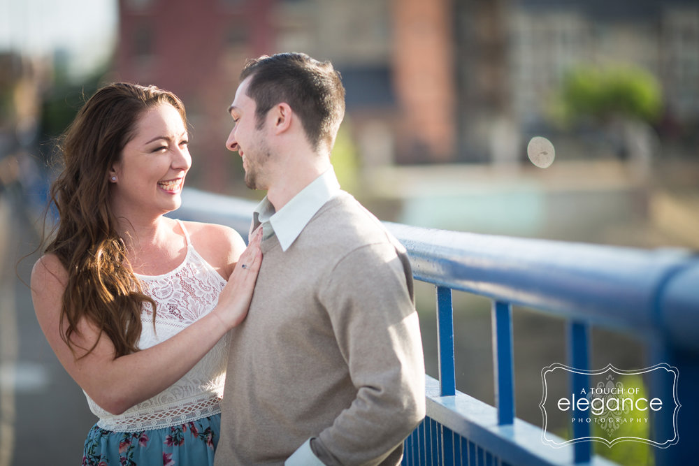 high-falls-rochester-engagement-session002.jpg
