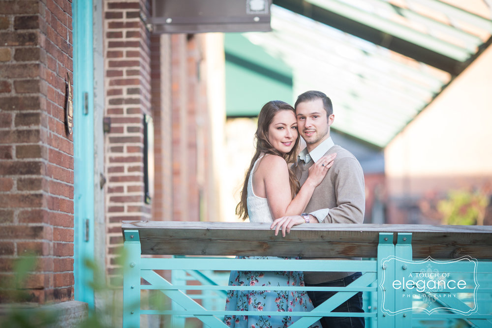 high-falls-rochester-engagement-session027.jpg