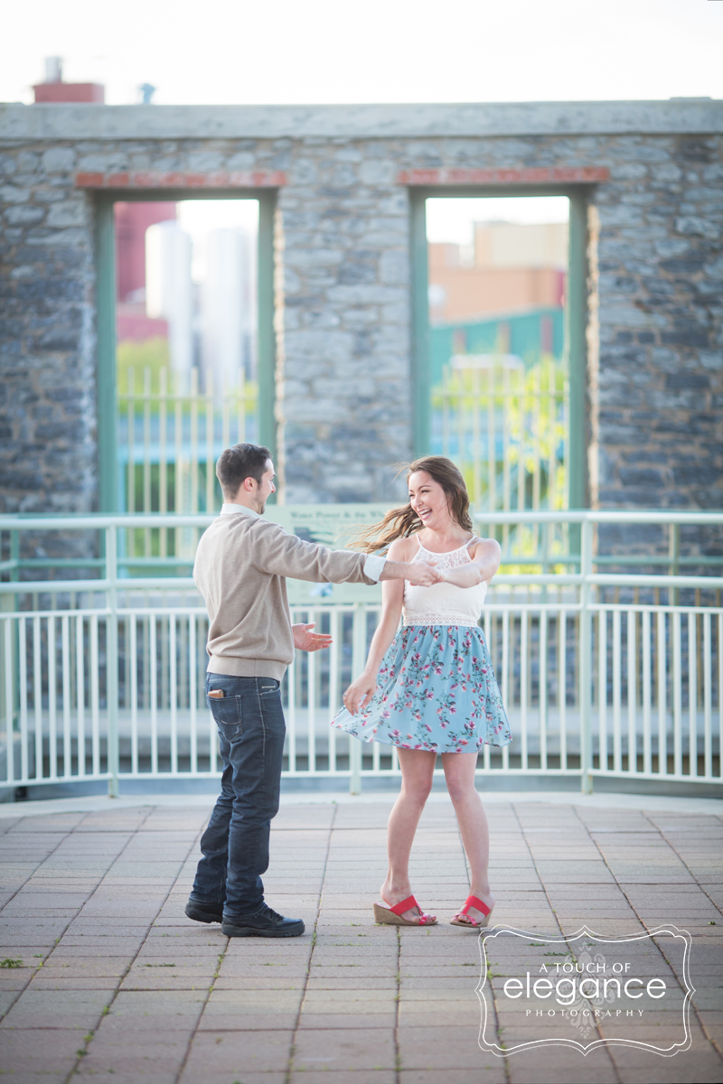 high-falls-rochester-engagement-session037.jpg