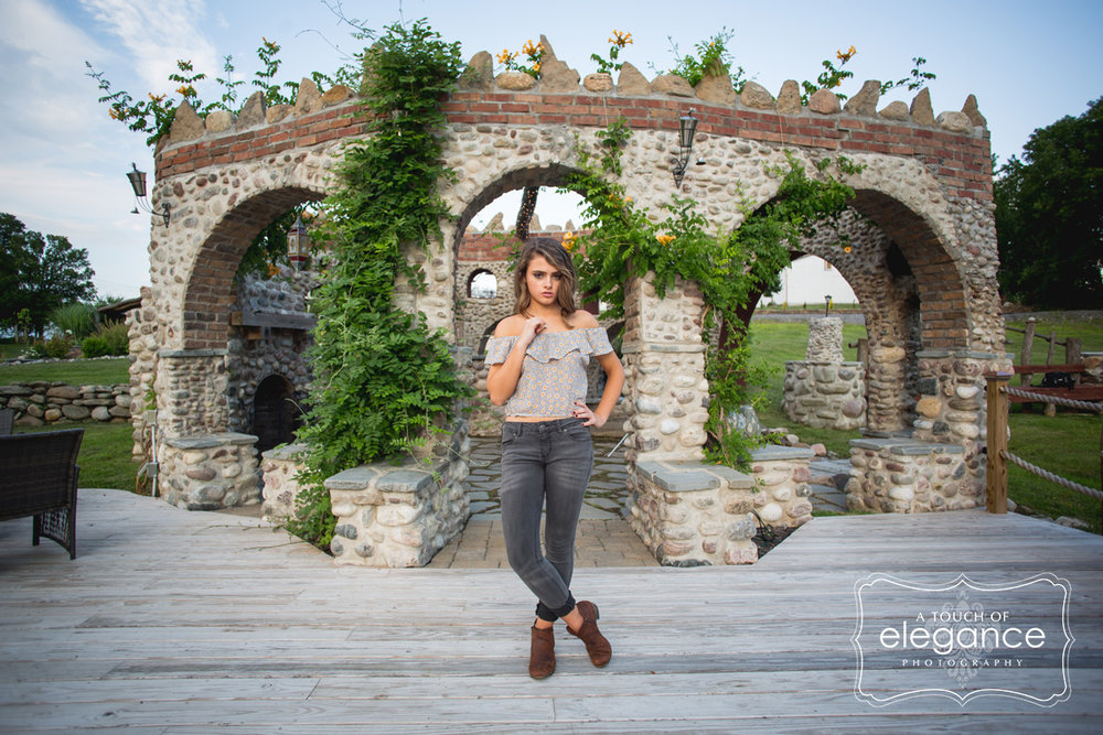 a-touch-of-elegance-photograpy-rochester-senior-session-035.jpg