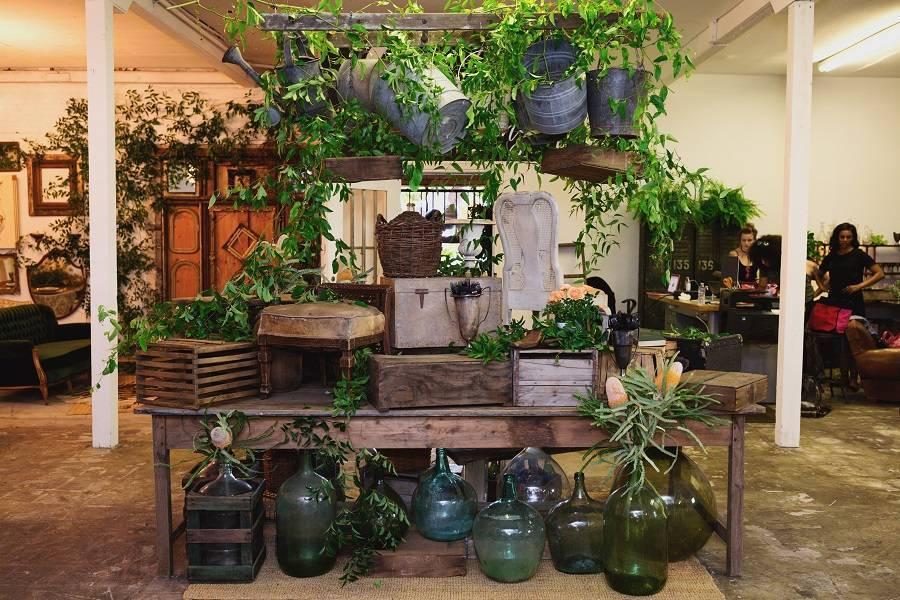 GregCahill_SweetSalvageRentals_OpenHouse-RMINE-Luxelinen-flowers-by-cina-8.jpg