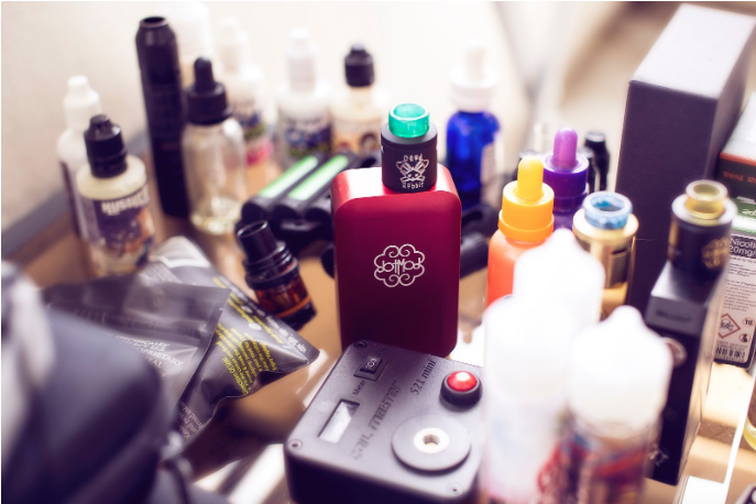 There are four ingredients commonly found in e juice for vaping. Our END VAPE shops in Rochester, NY can educate you on what you are smoking.