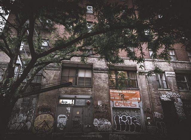 New York, #killyourcity #citykillerz #illgramers#way2ill #agameoftones#urbex#createexplore#exploretocreate #streetactivityteam #streetdreamsmag#neverstopexploring#featuremeinstagood #igersone#shoot2kill#streetshared #streetmobs #urbanphotography #streetphotography#streetexploration #urbanandstreet#imaginatones #streettogether#streetmagazine