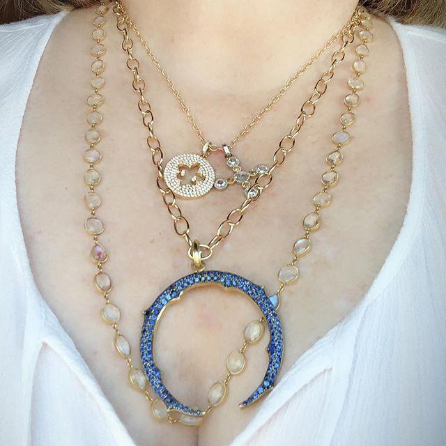 Cure for the #MondayBlues 💙 #neckmess #jewelryaddict #necklaces #layerednecklaces #jewelrylover #jewelrylayers #sapphires #diamondlover #rosecut #moonstone #mondayvibes #southbayla #moonstonemonday #fleurdelis #seeitloveitbuyit
