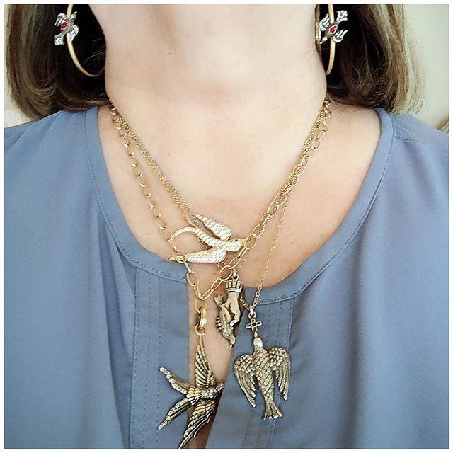 Birdy #neckmess 🐤🐦🐧 #birdlover #layersonlayers #jewelrylover #necklaceoftheday #themorethemerrier #jewelryaddict #layerednecklaces #trendingjewelry #instajewels