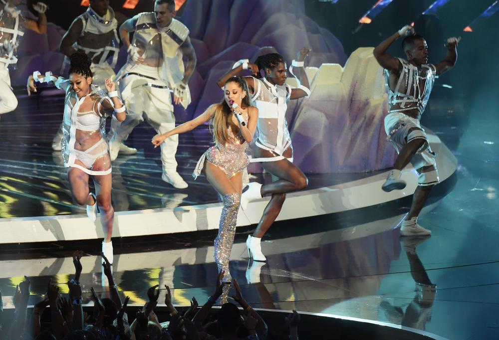 Ariana Grande + 2014 VMA performance