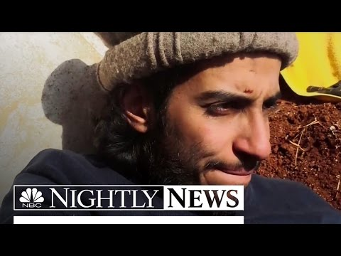 NBC News - Paris Attacks: Abdelhamid Abaaoud's Photos Offer Glimpse of ISIS Life - Mars 2016