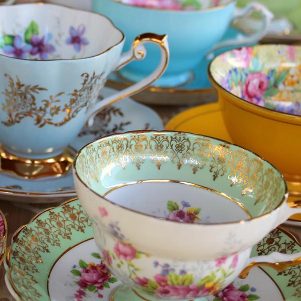 كاسات شاي بريطانية