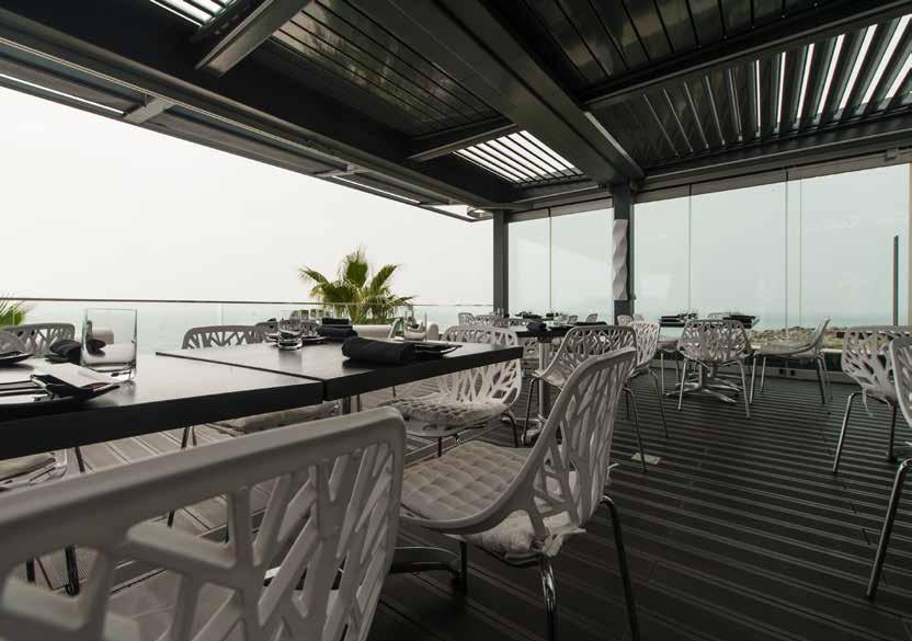 pérgolas-pergola-pergula-cortinas de vidro-vidro-mosquiteiras-jardins-terraços-estruturas varandas-telheiros