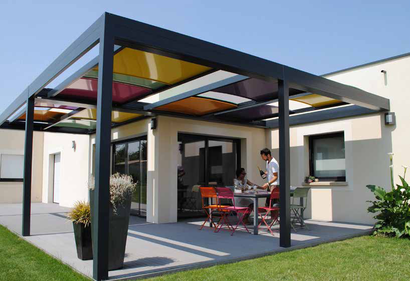 pérgolas-pergolas-pergulas-telheiros-vidro-cortinas de vidro-jardins-terraços-varandas-colorido