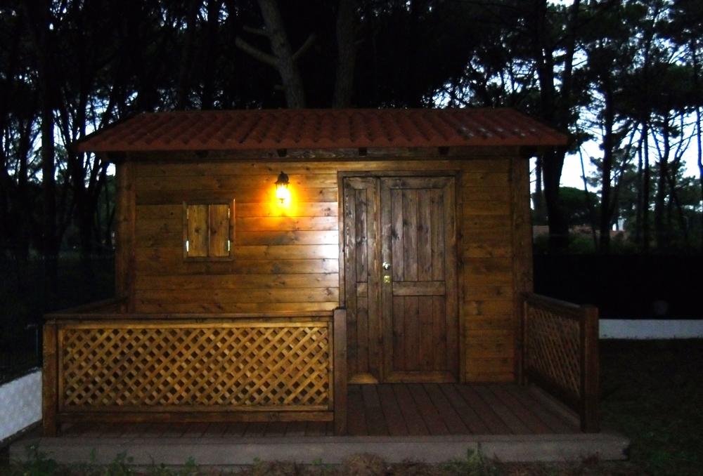 Casa-de-madeira-com-varanda